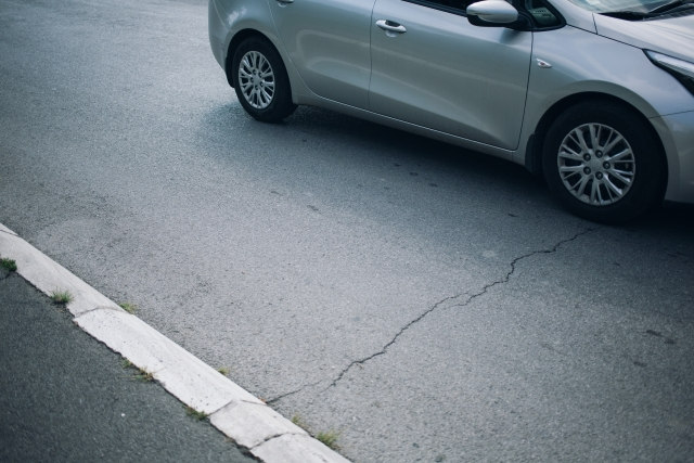 アスファルト舗装で駐車場を作る手順と作業工程